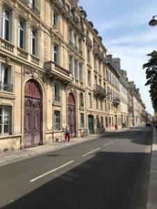 ロダン美術館の通り沿いの建物